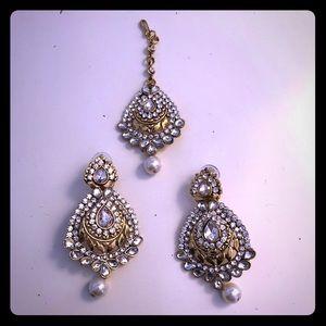 3 piece Bollywood jewelry (earrings & head charm)!